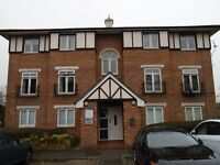 I ESTATES ARE PLEASED TO OFFER A ONE BED REFURBISHED FLAT