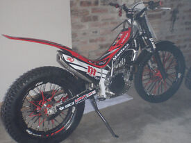 Montesa standard 4rt 260cc 2015 (road registered) with extras & V5 log book