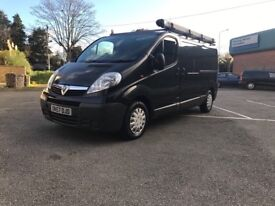 SLEEK BLACK VAUXHALL VIVARO LWB SIMILAR TO RENAULT TRAFIC OR NISSAN PRIMASTAR