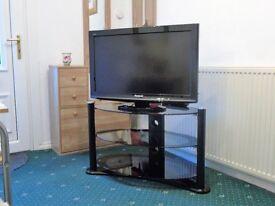 "32"" Panasonic Viera HD TV and TV unit"