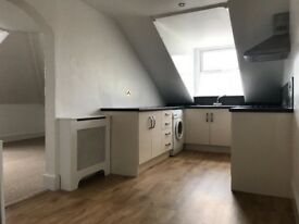 Central Cheltenham 2 Bedroom Flat