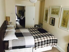 gold cup week Cheltenham. Lovely studio flat fr rent. £70 p/n for one person.