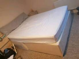 Kingsize Double Divan Bed (+ Mattress) must go today!