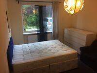 AMAZING DOUBLE ROOM AVAILABLE END OF SEPTEMBER ,ALL BILLS INCLUSIVE