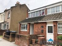 Large 2 Bedroom House in Norwood, SE25, Private Garden, Minutes Away from Norwood Station