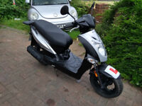 2010 Kymco Agility 125 scooter, new 1 year MOT, low miles, FREE HELMET, good condition, ride away ,,