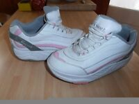 "Ladies "" Therashoe "" Leather Trainers in White /Pink, Ideal for ( Fitness / Exercise )"