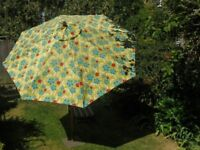 Parasol 2.75m with base and cover