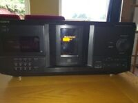 Sony CDP-CX235 200-disc cd changer with remote control
