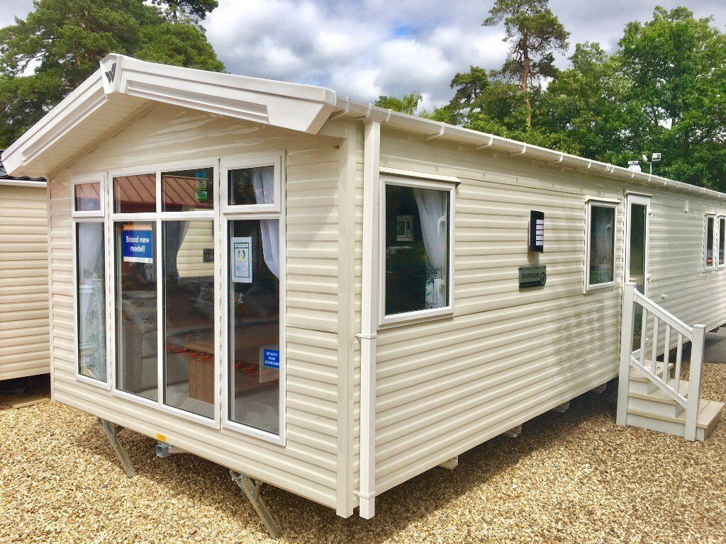 New static caravan near Poole and Bournemouth. Willerby Avonmore 3bed