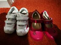 Clarks Size 5 1/2 girl shoes