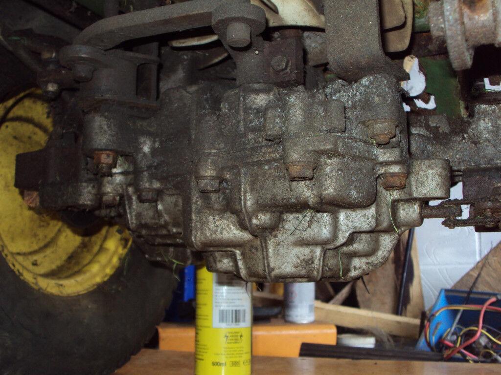 John Deere STX 38 Hydrostatic gearbox - back