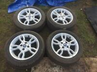 Set of 4 ford alloy wheels with tyres