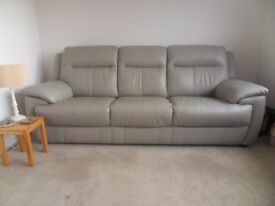 3 / 4 seater grey leather sofa in excellent condition.