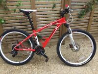 Specialized Hardrock Mountain Bike Size S Frame 15 Inch 26 Inch Wheels Red GUILDFORD GU1