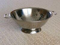 Stainless Steel Colander Kitchen Utensil / Kitchen Accessories / Food Drainer