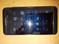 BLACKBERRY Z10 SMARTPHONE - TOUCHSCREEN - MINT CONDITION - BOXED ON EE NETWORK