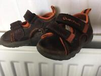 Leather sandals size 20