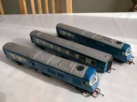 Hornby tri-ang pullman W60095, W60745 and W60097 OO guage model trains