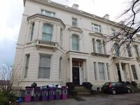 Large Studio located on Princes Road close to the City Centre