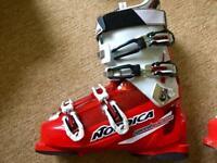 Nordica Speedmachine X100 ski boots size 10.