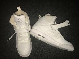 Women's shoes/trainers - Size 6