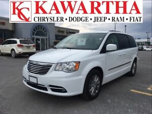 2016 Chrysler Town & Country TOURING L *PRICE REDUCED*HEATED SEA