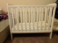 Baby Cot with free aeromesh bumpers and pillow wedge