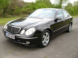 MERCEDES BENZ E320 AVANTGARDE. LOW MILEAGE. BLACK