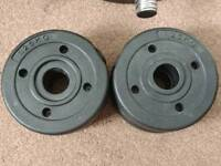 2 Sets of dumbles - 4x 2.5 kgs and 4 x 1.5 kgs