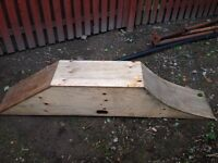 Skateboard bmx ramp