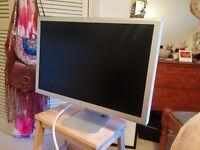 "Apple Cinema HD Display 23 - LCD monitor - TFT - 23"" - widescreen - 1920 x 1200"