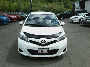 2013 Toyota Yaris 5-Door AT
