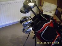A part set of Callaway Hawkeye Golf Clubs 7irons +3 Woods + Bag