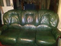 Leather 3 piece suite free,buyer to collect on Friday 18th november after 3pm