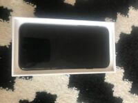 Apple Iphone 7 128gb Black O2, Immaculate Condition only used for 1 Month