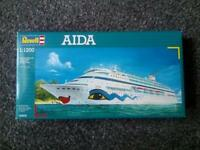 Aida revell model set
