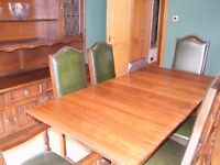 REPRODUCTION DARK OAK DINING TABLE, 6 LEATHER CHAIRS & WELSH DRESSER WITH LEADED LIGHT DOORS