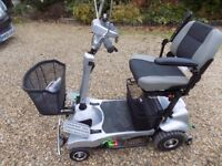 QUINGO MOBILITY SCOOTER WITH DOCKING STATION