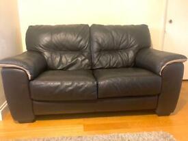 Lounge suite: 3 seater sofa + 2 seater sofa