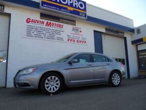 2013 Chrysler 200 LX  BUY, SELL, TRADE, CONSIGN HERE!