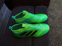 Adidas Ace 17 pure control Size 5
