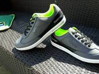 Golf shoes & accessories