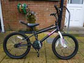 Girls bmx bycicle