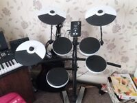 New Roland TD-1K Full Electric Drum kit (With seat, headphones and sticks)