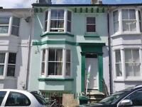 6 bedroom house in Fairlight Place, Bn2