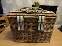 Joules Picnic Basket - Nearly New