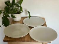 3 x Revol pizza plates (big plates) ✨