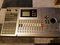 Zoom MRS-1044 MultiTrak Recording Studio