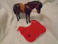 VINTAGE PEDIGREE SINDY HORSE WITH SADDLE STIRRUPS BRIDLE AND BLANKET